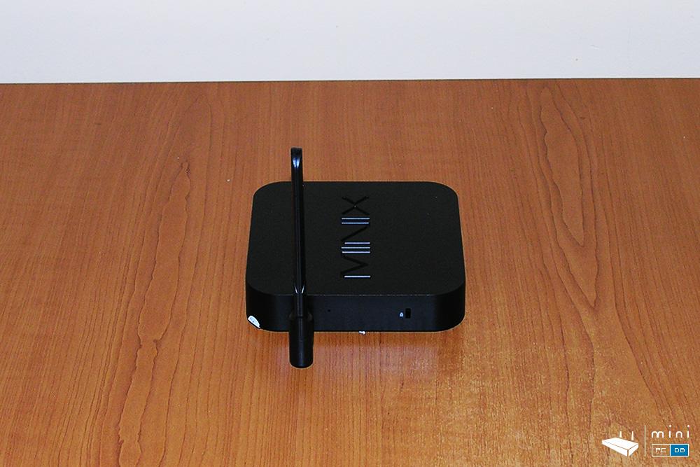 Minix Neo NEO-Z83-4 left