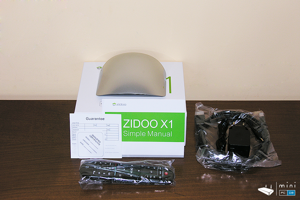 Zidoo X1 inside the box